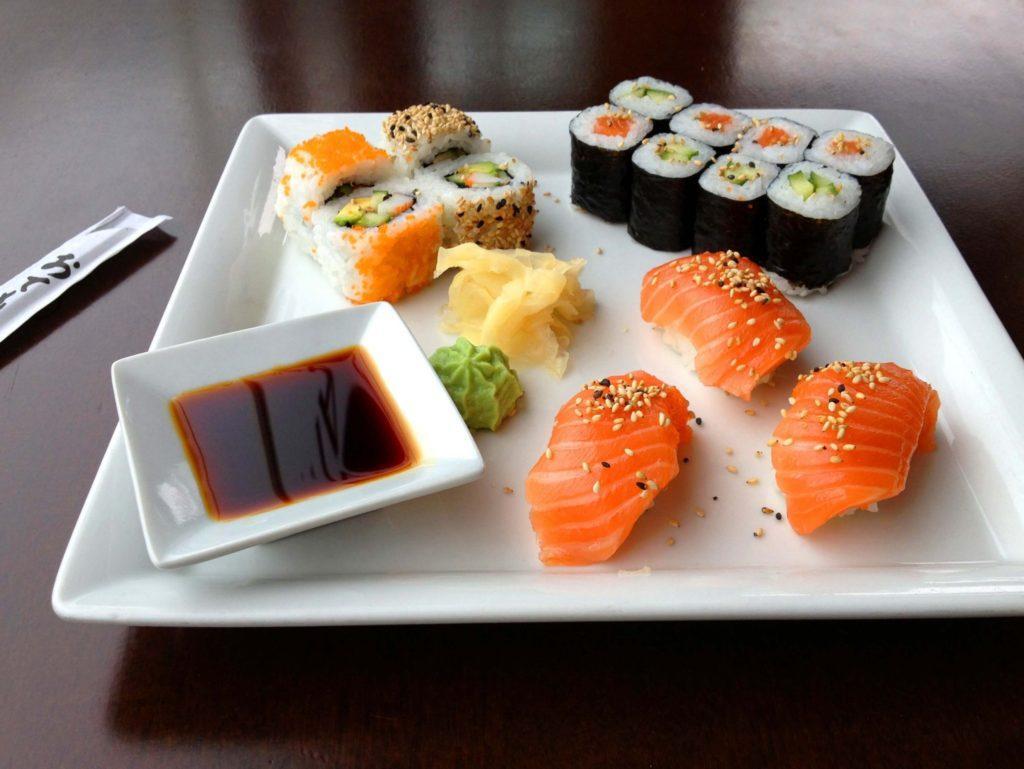 Для приготовления блюд в сети Суши Store используют только самые свежие ингредиенты отличного качества
