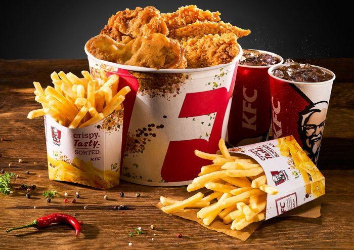 Еду из KFC можно заказать на дом