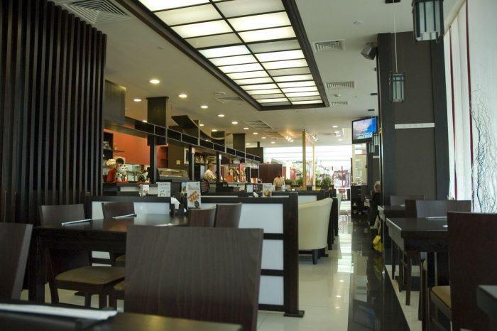 Интерьер одного из ресторанов «Планета суши»