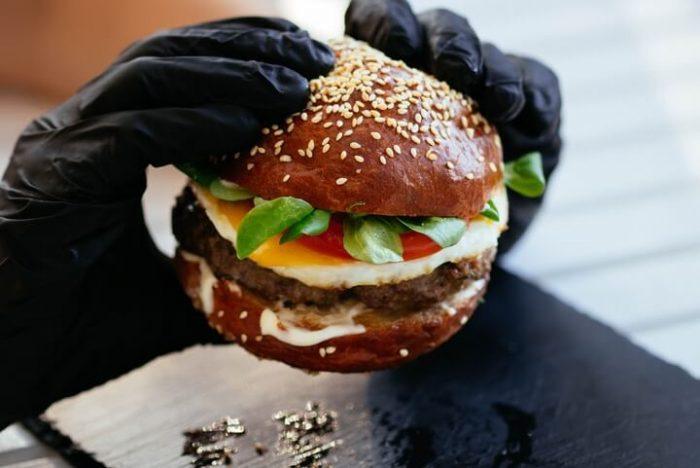 Самые калорийные бургеры в KFC, McDonald's и Burger King