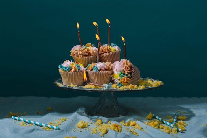 Помимо тортов, в кондитерских Москвы можно заказать и другие сладости